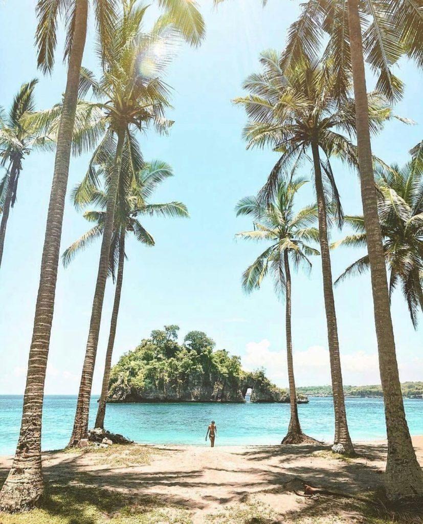 crystal bay beach nusa penida