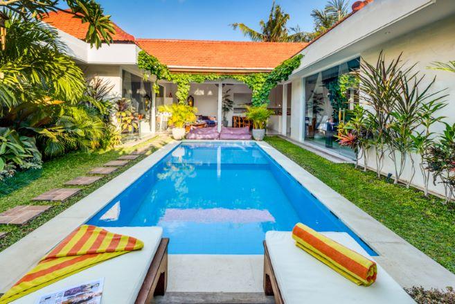 Villa Eshina 2 Seminyak 3 bedrooms